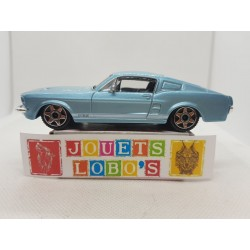 FORD MUSTANG GT 1/43 BOITE